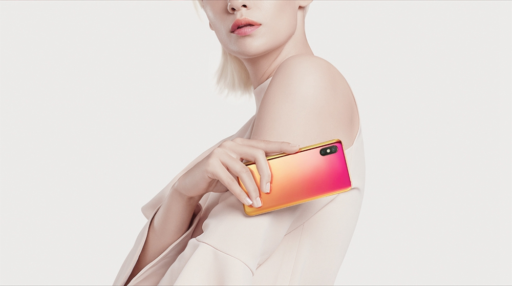 Xiaomi Mi8 6.21 Inch In-Display Fingerprint 4G LTE Smartphone Snapdragon 845 6GB 128GB Dual 12MP Rear Cameras MIUI 9 Type-C Fast Charge English and Chinese Version - Midnight Black