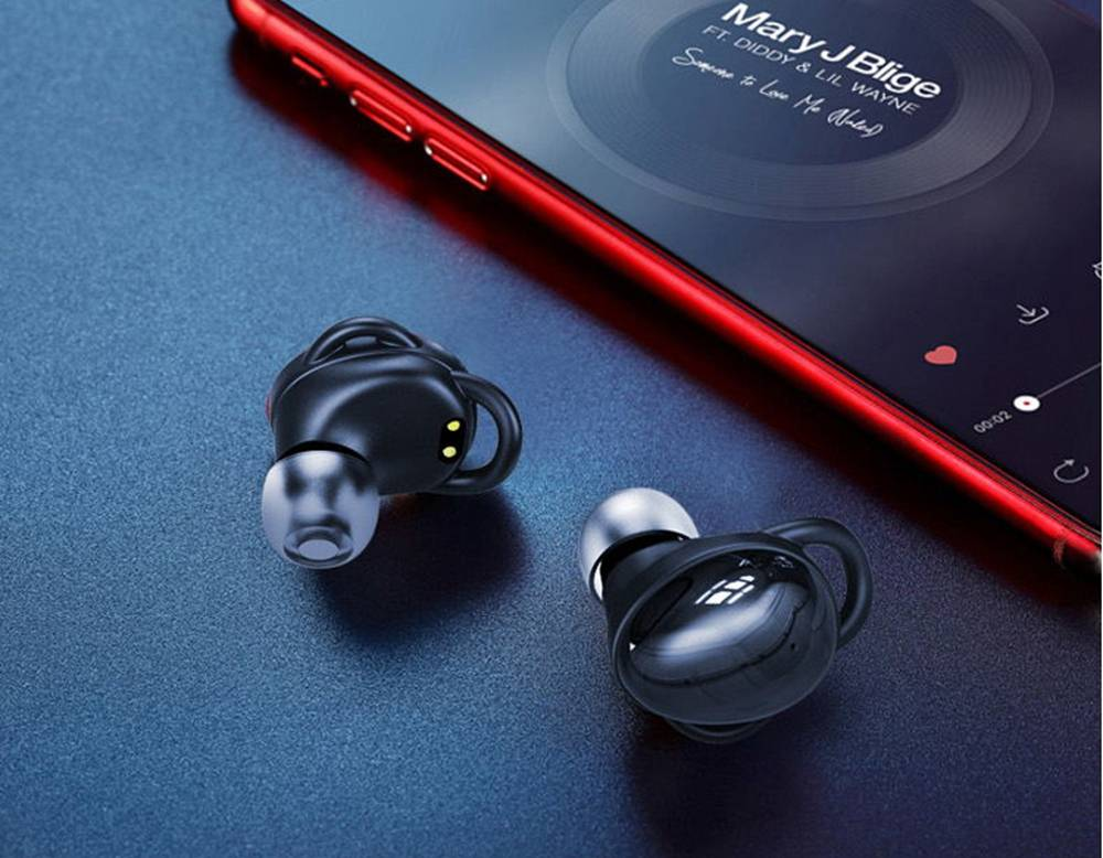 Ovevo Q80 Bluetooth 5.0 TWS Earphones Ultra-low latency IPX7 Binaural Call Independent Usage Type-C Charging - Black