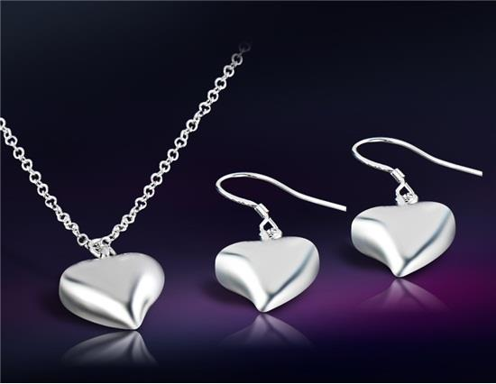 Heart Design Silver Plated Necklace & Earrings Set M - Silver