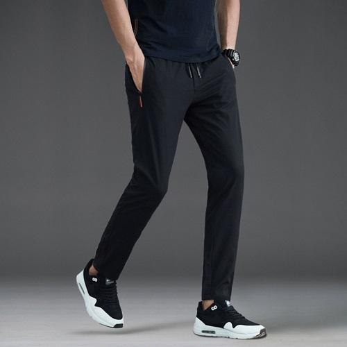 Pantaloni sportivi casual elasticizzati da uomo taglia L - nero