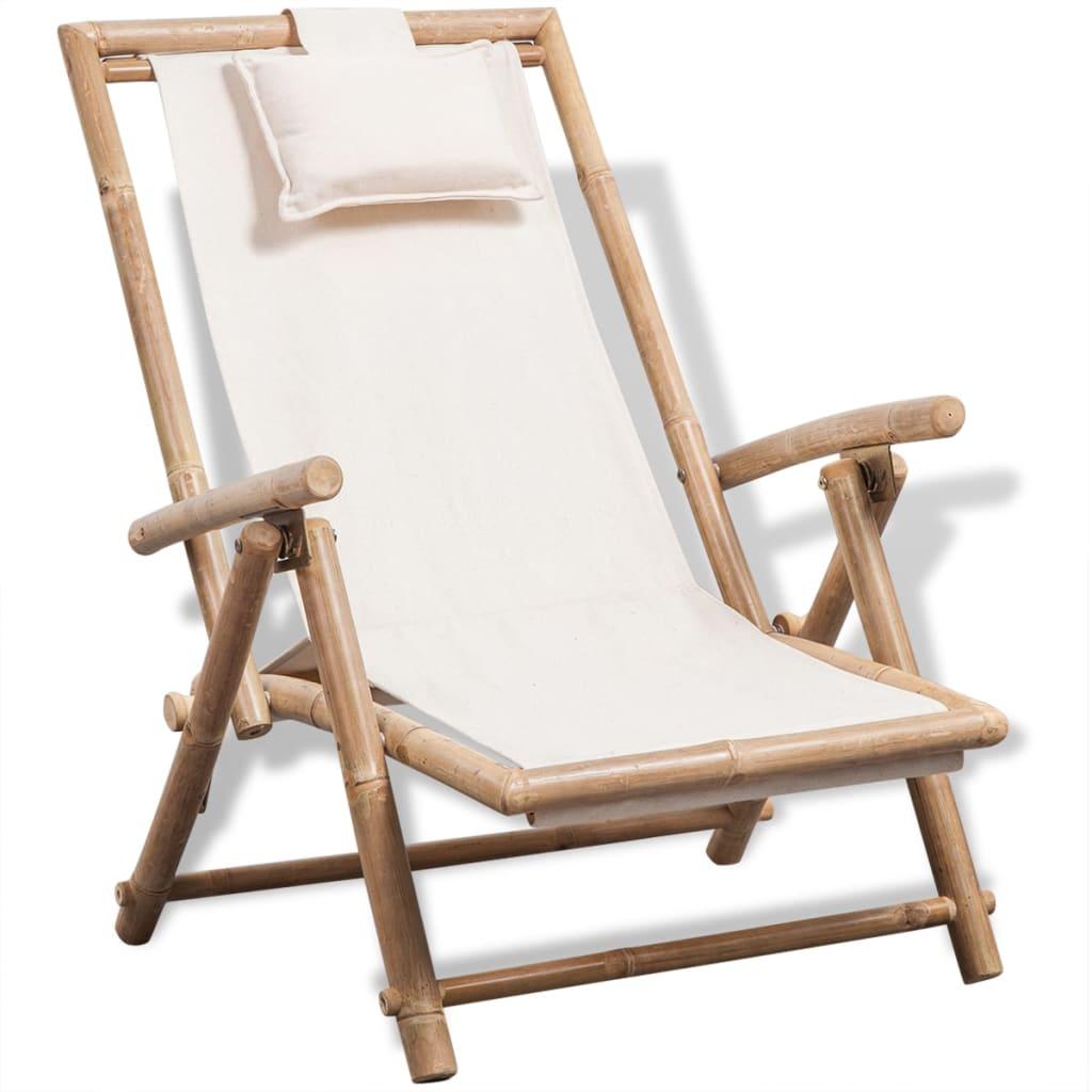 Cadeira de praia de bambu ao ar livre